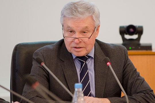 Президент АПП РТ, экс-гендиректор КВЗ Александр Лаврентьев уверен: только появились температура, кашель — бегом сдавать тест на коронавирус, и тогда излечение от KOVID-19 почти гарантировано