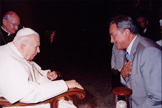 «Когда меня спрашивают, кто эту икону вернул, я отвечаю: «А с кем встречался Папа? С Камилем Шамильевичем. В этом весь ответ»