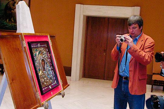 Съемка Казанского образа в Ватикане перед отправкой его в Москву