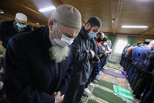Для района, конечно, шок! в последнее время у нас все было тихо, мусульмане ходили в мечети, молились. Не было, чтобы у кого-то какая-то агрессия или еще что-то