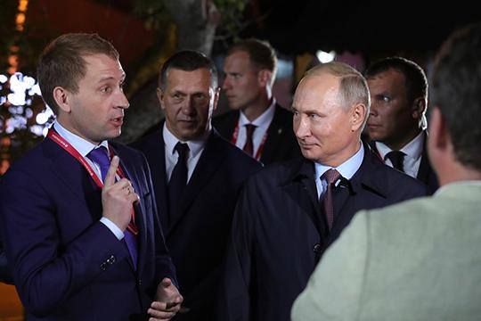 Заменит Кобылкина в минприроды, с высокой долей вероятности, Козлов (слева), которому нет еще и 40 лет. Большую часть своей карьеры он построил в холдинге «Русский уголь» Михаила Гуцериева