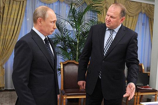 Утром Владимир Путин выпустил целую серию указов. Самый первый из них — указ об отставке Цуканова с поста полпреда в УФО