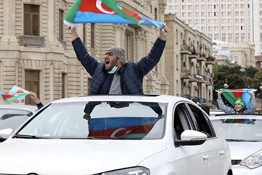 В Баку всю ночь праздновали окончание войны