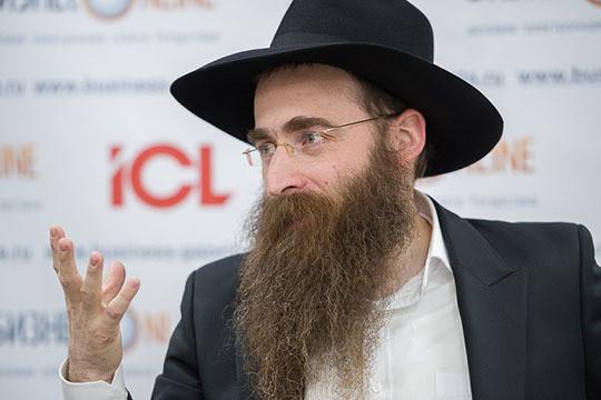Ицхак Горелик: «Это не новая вещь, у евреев тоже самое, есть такой закон. Отмечу, что тут речь идет не о национальностях, а об образе жизни: что мы кушаем, что не кушаем, когда у нас святые дни, что и как мы носим»