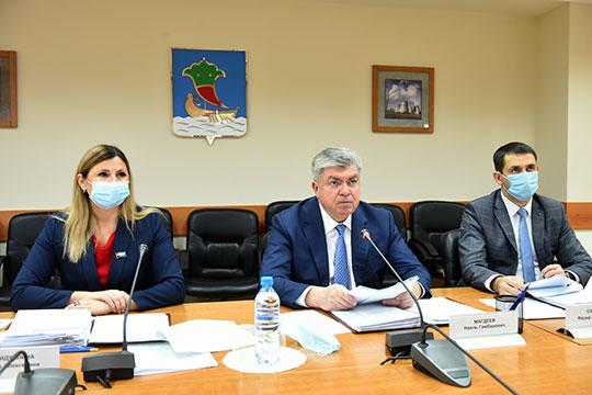 На депутатской комиссии накануне разгорелся спор из-за акционирования МУКов