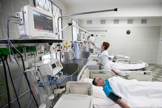 Главы регионов должны до16ноября создать резервные койки для пациентов скоронавирусом иобеспечить лекарствами лечащихся надому