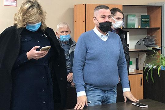 Адвокат Харламова Владимир Гусев также заявил нашему корреспонденту, что намерен обжаловать приговор в Верховном суде Татарстана