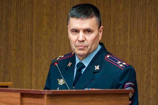 По словам Радия Кадикова,за 10 месяцев 2020-го года произошло 404 ДТП с пострадавшими, в которых 16 человек погибли и 489 получили ранения различной степени тяжести