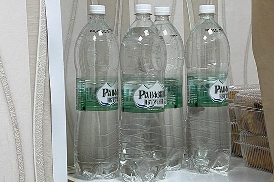 Мои компании навремя пандемии взяли насебя проблему снабжения питьевой водой пациентов данной больницывпорядке шефства.