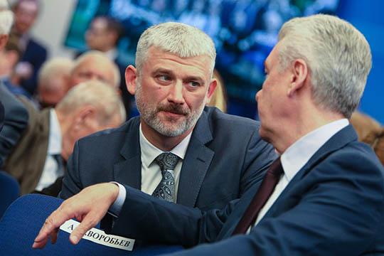 Бывший министр транспорта РФЕвгений Дитрих (слева)нестанет врио губернатора Белгородской области. Поинформации СМИ, онсам отказался отданного назначения