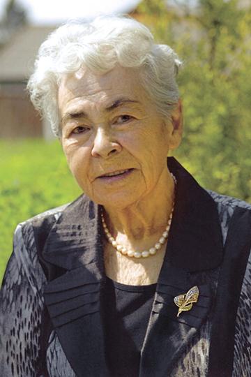 Еевнезапныйуход накануне 83-летия многими был воспринят некак естественный исходпожилого человека, акак неожиданное инелогичное событие