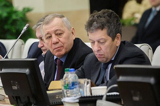 Наиль Маганов (справа): «Сегодня мы разрабатываем программу модернизации и собираемся расширять ассортимент выпускаемой продукции. Кто знает, может быть, станем и глобальной каучуковой компанией»