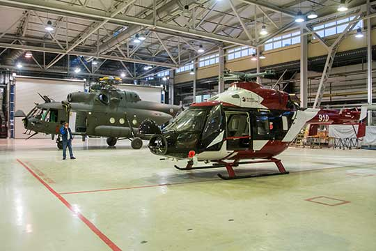 КВЗ, вотличие отдругих отечественных вертолетостроителей, предлагает рынку линейку машин: легкий «Ансат», средний Ми-38 итяжелый Ми-38