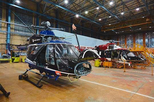 В цехах стоят готовые фюзеляжи «Ансатов» и Ми-8, а заказов нет. С 2015 года на 30% сократилась численность персонала — больше 2 тысяч человек