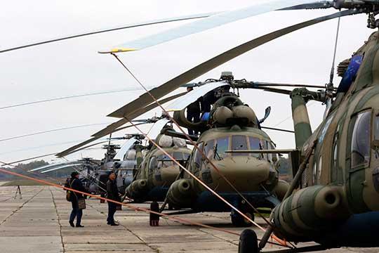КВЗ создал продвинутую версию Ми-8— Ми-8МТВ-5, ноузаконивавший изменения вконструкцию Московский вертолетный завод им.Миля слил все наработки У-УАЗу, который стал делать точно такуюже машину