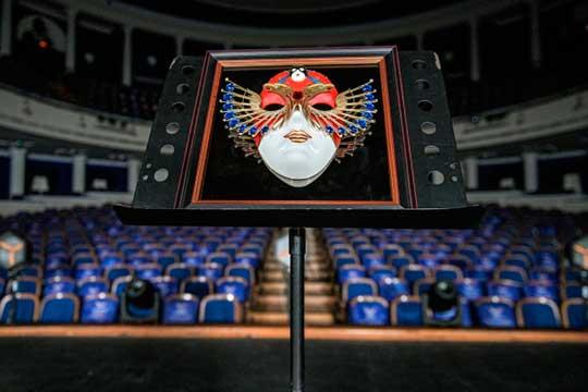 Сегодня экспертный совет национальной театральной премии «Золотая маска» опубликовал шорт-лист кандидатов по итогам сезона 2019−2020. Среди претендентов на «Золотую маску» два спектакля из Татарстана