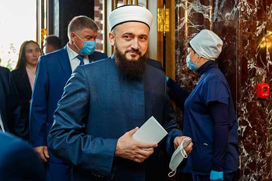 По словам Камиля Самигуллина, ДУМ РТсобирается активно праздновать 1100-летие принятия ислама Волжской Булгарией, если непомешает коронавирус. Татарстанский муфтият собирается 2022-й объявить годом этого юбилея