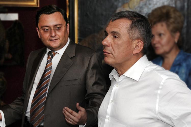 В 2012 года Алексей Семин передал 300 га многодетным семьям по настоянию Рустама Минниханова в обмен на права на реставрацию 26 исторических зданий. Спустя два года еще 53 га Семин отдал многодетным в Высокогорском районе
