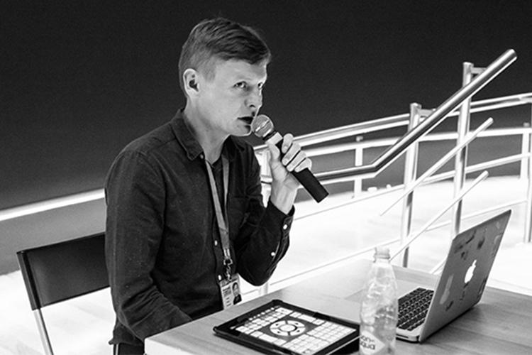 Неожиданный вклад в пиар-кампанию книги казанского исследователя уличной субкультуры Роберта Гараева (на фото) «Слово Пацана. Криминальный Татарстан 1970-2010-х» сделала прокуратура Татарстана