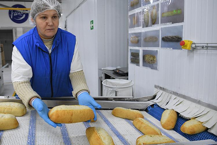 Другим новым резидентом в ТОСЭР Чистополя стала компания ООО «Камский пекарь» — она намерено воссоздать в городе производство хлеба и мучных кондитерских изделий, тортов и пирожных