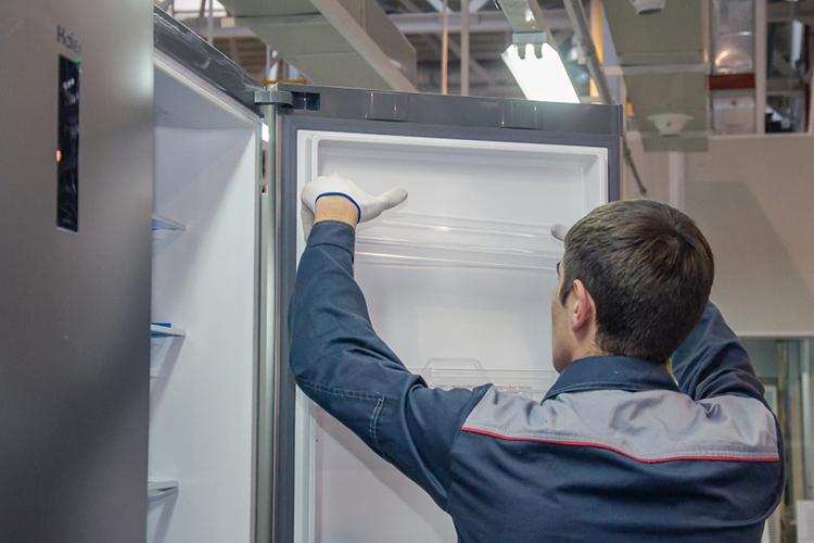 Второй проект связан с производством изделий из закаленного стекла для холодильников. Его презентовала китайская компания «Чжанцзяган Ляньцзи», которая занимается производством закаленного стекла для бытовой техники