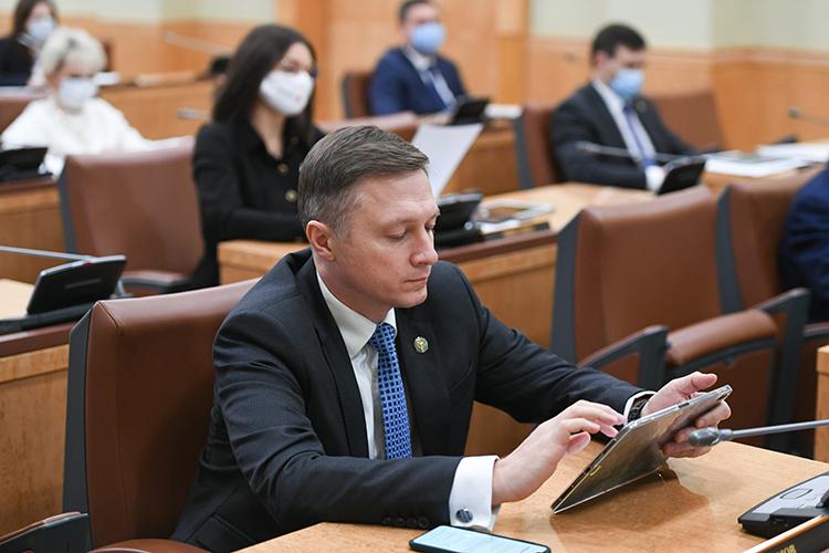 В кабинете министров РТ накануне состоялось заседание комиссий по рассмотрению заявок от компаний, которые собираются стать резидентами (ТОСЭР) «Набережные Челны», «Нижнекамск», «Зеленодольск» и «Чистополь»