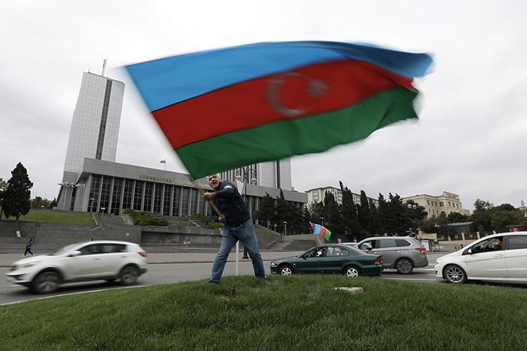«Эскалация вНагорном Карабахе— это еще один шаг кочень неприятной ситуации, когда полностью исчезает грань между войной имиром»