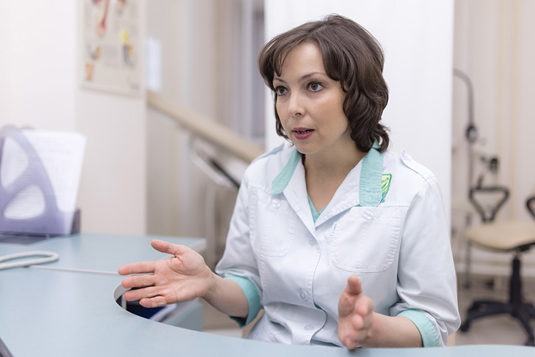 Алла Стасевич:«Чем раньше опухоль выявлена— тем более благоприятный прогноз повыздоровлению, отсутствию рецидивов, тем выше шансов сохранить молочную железу, непотерять качество жизни»