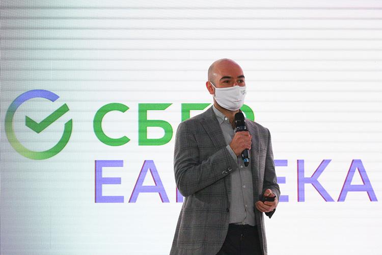 Антон Буздалин: «Мырасполагаемся ненапервых улицах, поэтому вцену лекарств незакладываем высокую арендную плату, ипозволяем людям получать лекарства действительно дешево, иочень быстро»