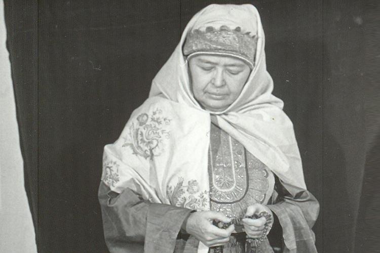 С Рамзией Гиниятовной Мухамедовой мы познакомились лет 10 назад, когда на Фаизхановских чтениях в Москве мне впервые довелось рассказать о ней. И это огромная радость, что такой великий человек был в моей жизни