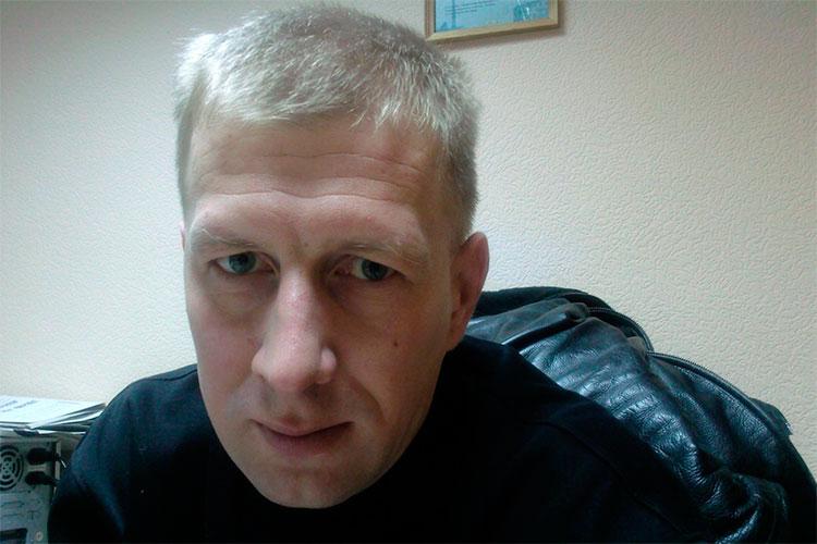 Как стало известно «БИЗНЕС Online», в наручниках оказался бывший замначальника ИК-3 Алексей Зворыгин