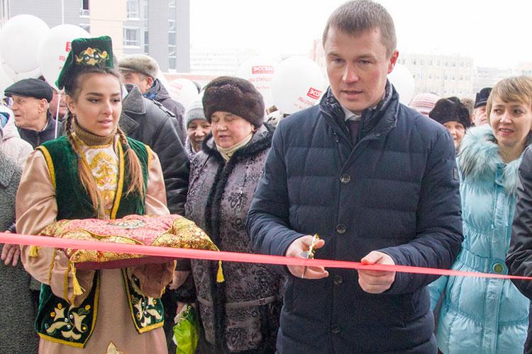 Сильно понизили эксперты рейтинг Вадима Махеева, его влияние в городе было связано лишь с магазинами «Эссен»