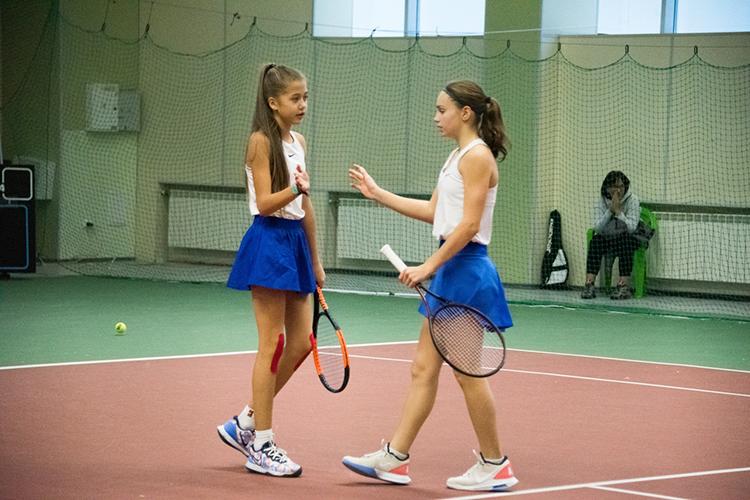 """Милина Субханкулова (слева): """"Турнир мне очень понравился, на нём я выкладывалась на всю. Мы дошли до финала, но с самого первого круга соперничество было на приличном уровне. Не было слабых игроков"""""""