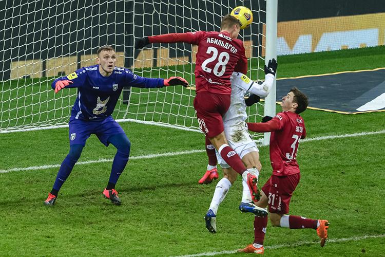 Матч скорее был ближе к ничьей, потому что были моменты как у ЦСКА, так и у «Рубина». Гости свои не реализовали, хотя нанесли почти два десятка ударов. Не хватило исполнительского мастерства