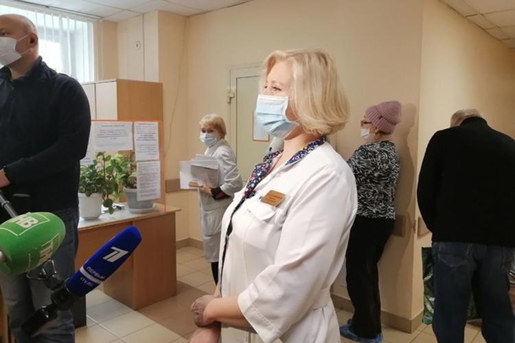 Вотделение аллергологии 7 городской больницы мыподъехали к8.30. Вкоридоре уже сидели ожидающие своей очереди наскрининг. Всего вкоридоре своей очереди ожидали порядка 10 человек