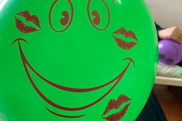 Также мынадували шары, что тоже способствовало восстановлению