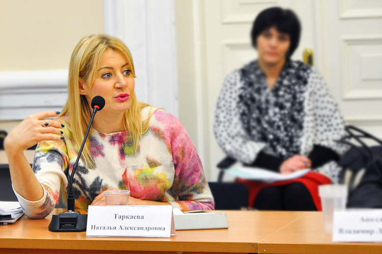 Накануне вечером стало известно, что экс-замминистра экономики Татарстана, дочь одного из основателей ТПП РТ Александра Таркаева, Наталья Таркаева (слева) стала заместителем премьер-министра Мордовии