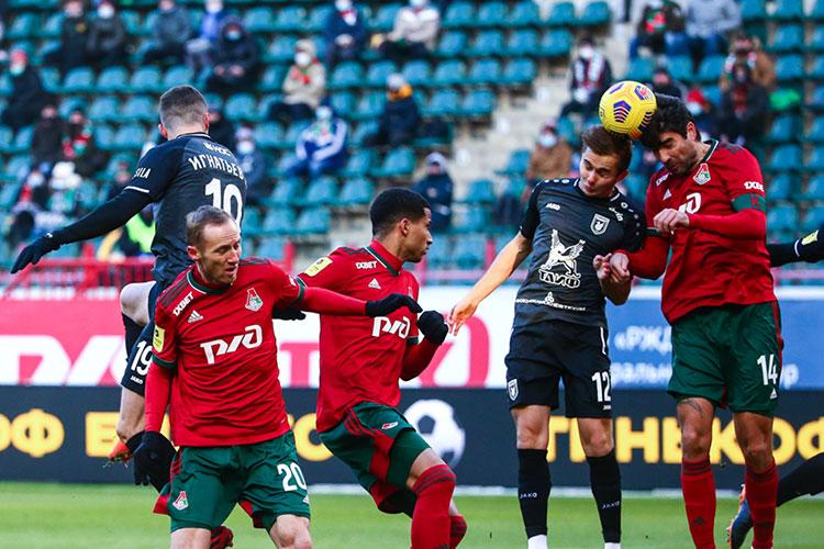 «Рубин» в матче 17-го тура чемпионата России проиграл в Москве «Локомотиву» со счётом 1:3