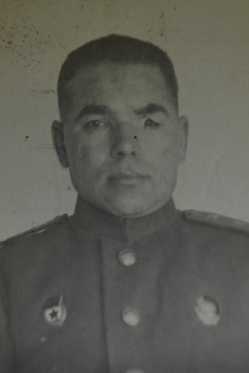 Гвардии полковник Юсупов, 1942 год. Фото из Альметьевского музея