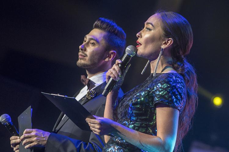 Известная казанская ведущаяГульназ Сафаровапризналась, что сама недавно задумалась над причинами популярности артиста, когда работала сним наодном мероприятии