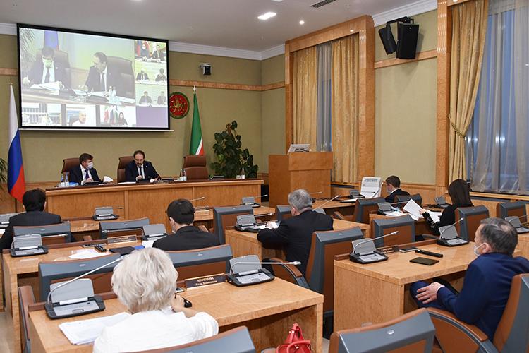 Навчерашнем заседании комиссии порассмотрению заявок отрезидентов вТОСЭР под руководством премьер-министра РТАлексея Песошинабыл рассмотрен очередной ворох инвестиционных проектов