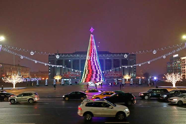 В Беларуси есть что посмотреть, попробовать, где погулять. Особенно это будет здорово как тур выходногодня. Нопусть там ситуация успокоитсяисковидом, исБатькой