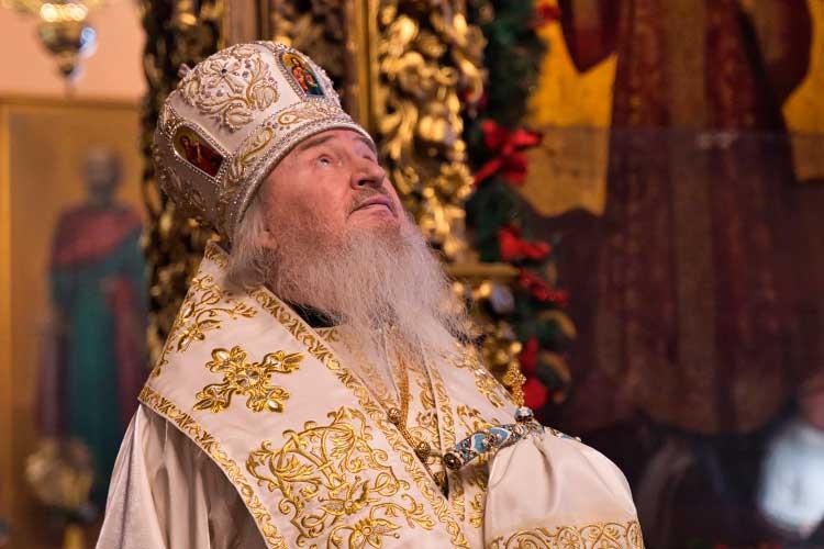 Окончание високосногогода омрачилось неожиданной смертью митрополита Казанского иТатарстанскогоФеофана, запять лет работы вреспублике ставшего здесь своим