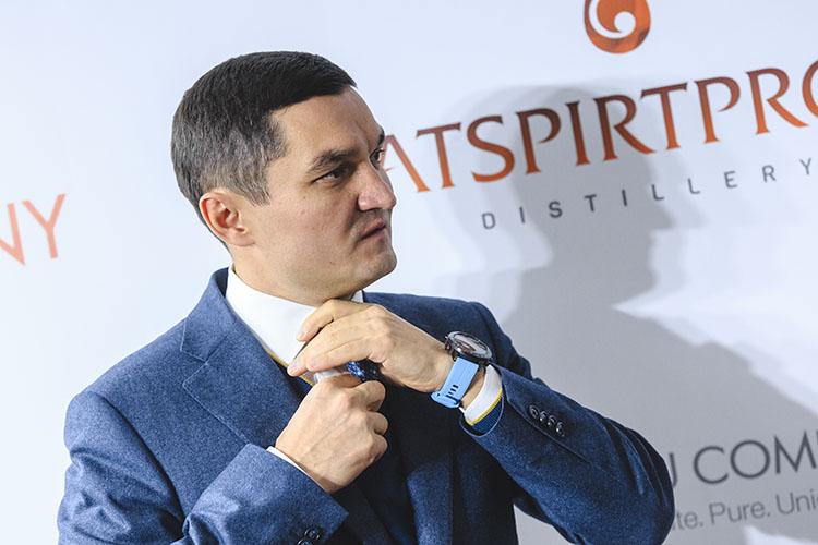 Ушел экс-гендиректор «Татспиртпрома»Ирек Миннахметов, ему вконце нынешнего года должно было исполниться лишь 40лет. Это был бизнесмен иуправленец, который всегда мыслил масштабно