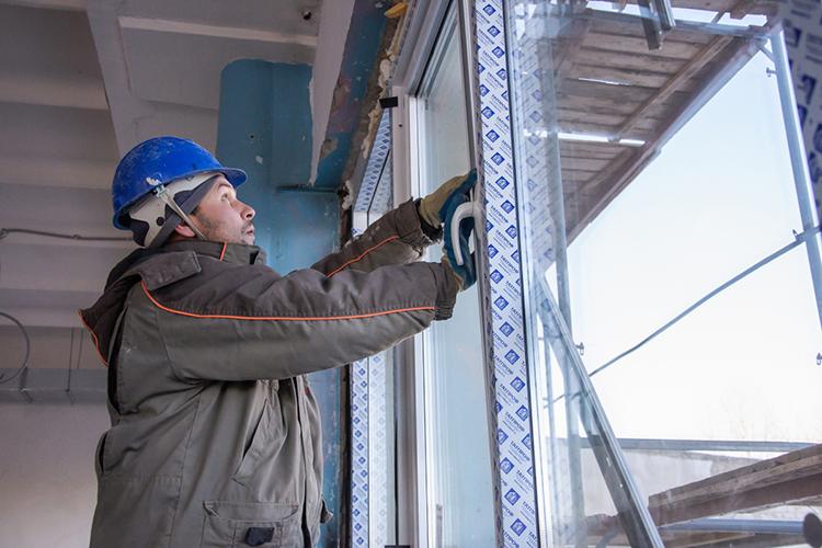 «Сегодня все очень плотно занимаются энергосбережением. Большинство домов капитально отремонтированы, аэто— новые стеклопакеты, новая внутридомовая сеть, утепление стен идверей»