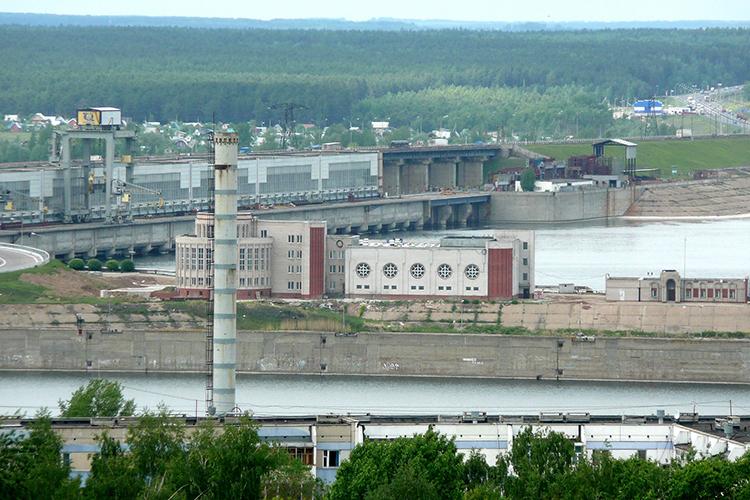 «Нижнекамской ГЭС впрошлом году исполнилось 40 лет, обычно вэто время итребуется замена гидроагрегатов. Они весят тысячу тонн, всего их16, каждый стоит 2млрд рублей»