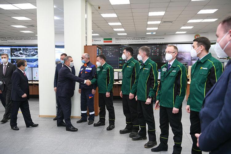 Приезд Рустама Минниханова на нефтеперерабатывающем комплексе ТАНЕКО местные рабочие ждали с особым трепетом