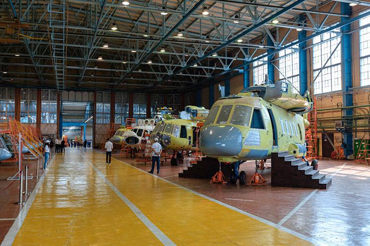 Напомним, это не первая порция санкций, которые коснулись КВЗ. В 2014 году крупнейший мировой концерн Akzo Nobel отказал вертолетному заводу в поставках краски