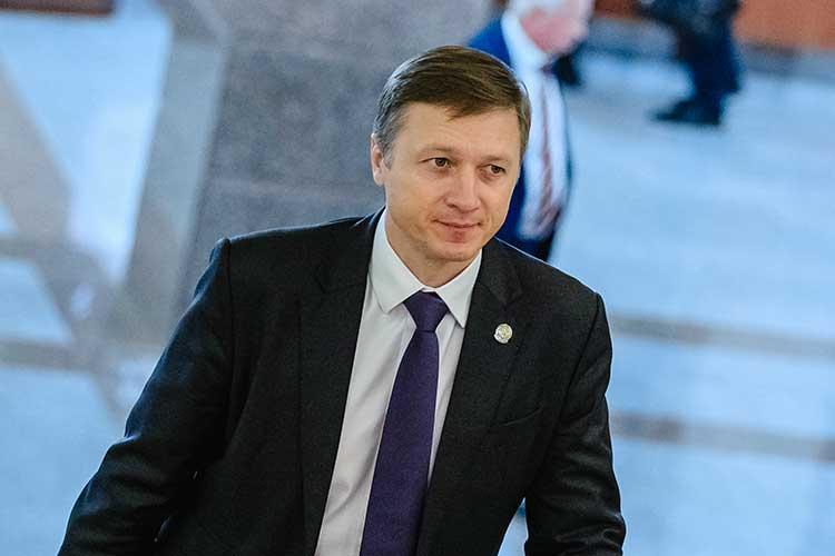 Альберт Каримов назвал самым главным достижением года в такой непредсказуемой ситуации бесперебойное энергоснабжение и призвал компании продолжать инвестпроекты