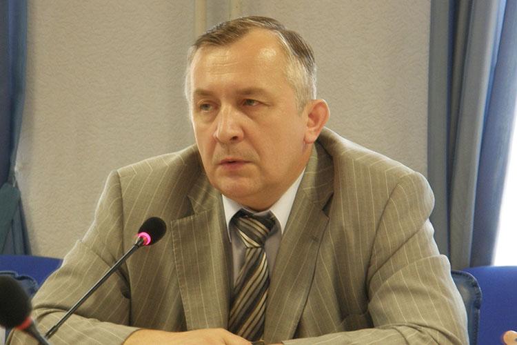 Владимир Соловьев свою карьеру начал на «Радиоприборе» и дорос до высокой должностивминпромторге РТ